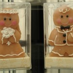 Gingerbread bride & groom candles