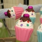 Sparkly cupcake napkin rings